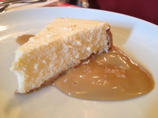 NY cheesecake, com doce de leite e flor de sal: uma das três versões do doce no festival d P.J. Clarke's