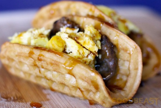 Waffle Taco, da Taco Bell: nova tendência? (foto da Foodbeast)