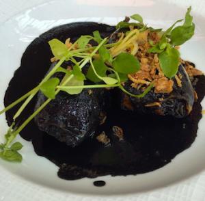 Feio, mas delicioso: lulas recheadas com legumes à provençal